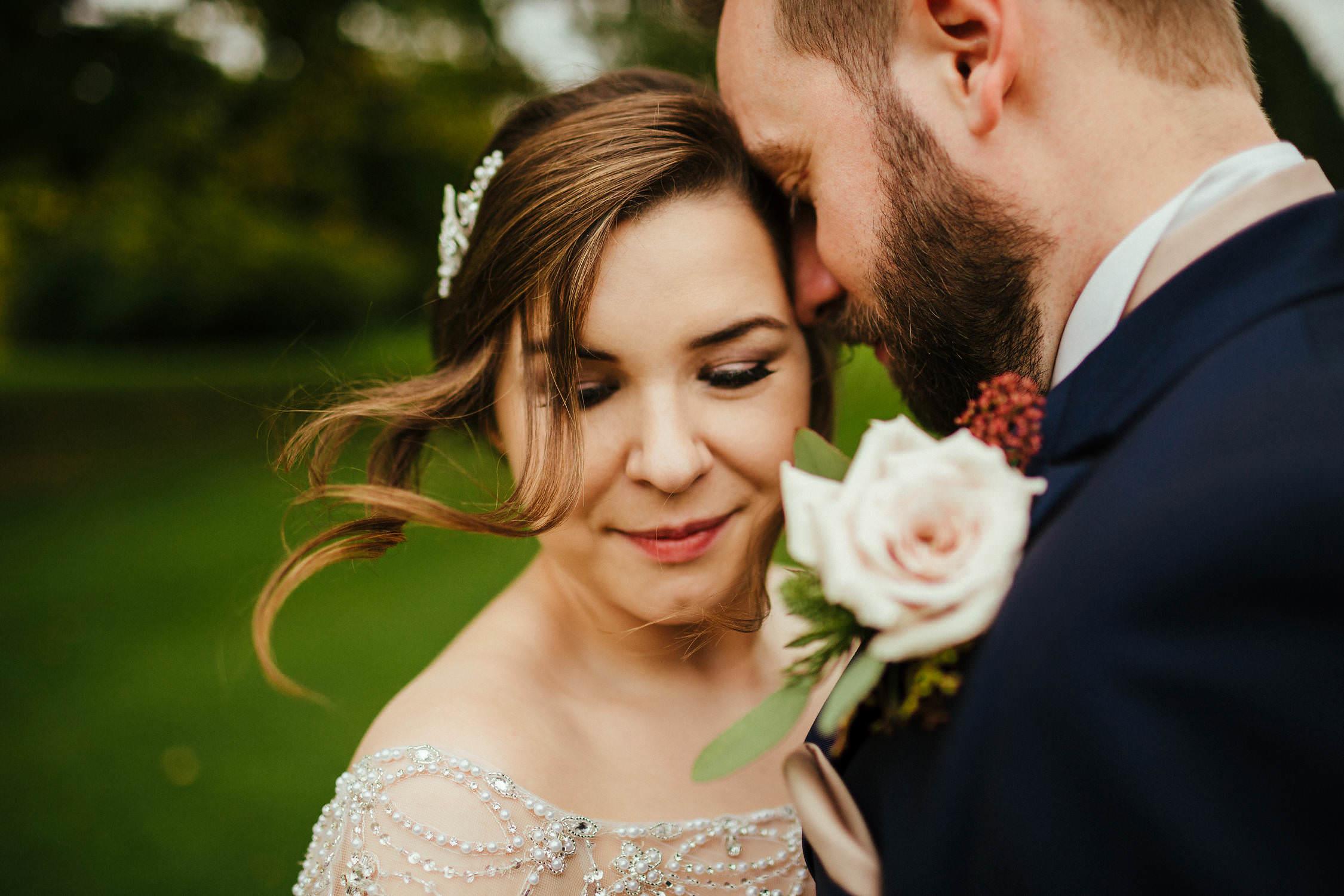 Buckinghamshire-Wedding-Photography-169