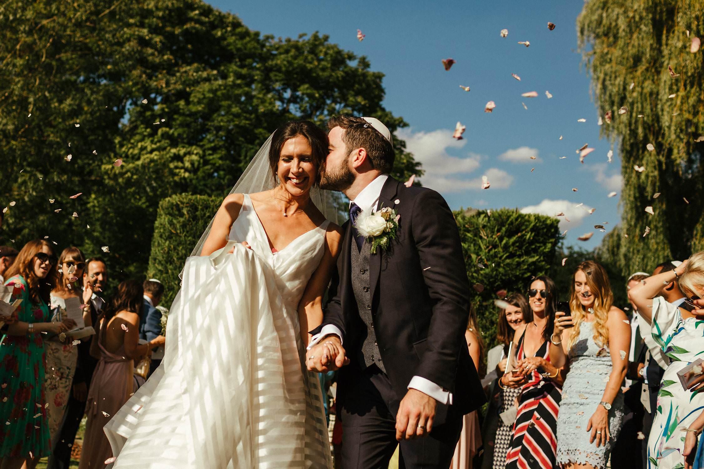 Buckinghamshire-Wedding-Photography-35