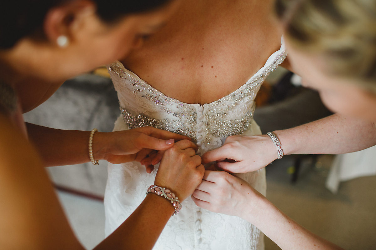 Bride getting ready Foxhill Manor