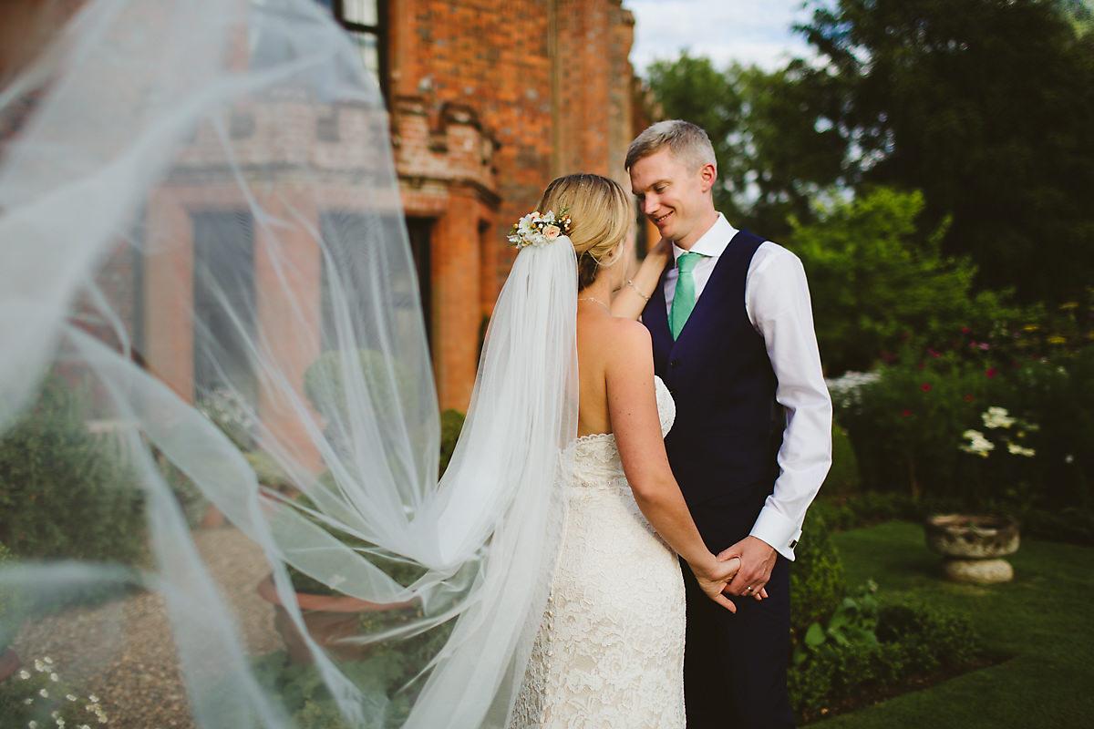 Buckinghamshire creative wedding photographer