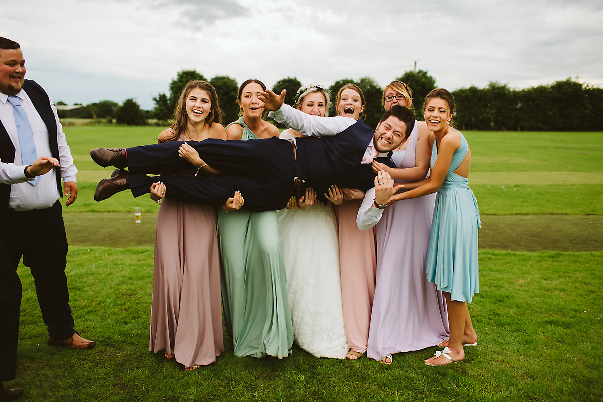 Bridal party group photo ideas
