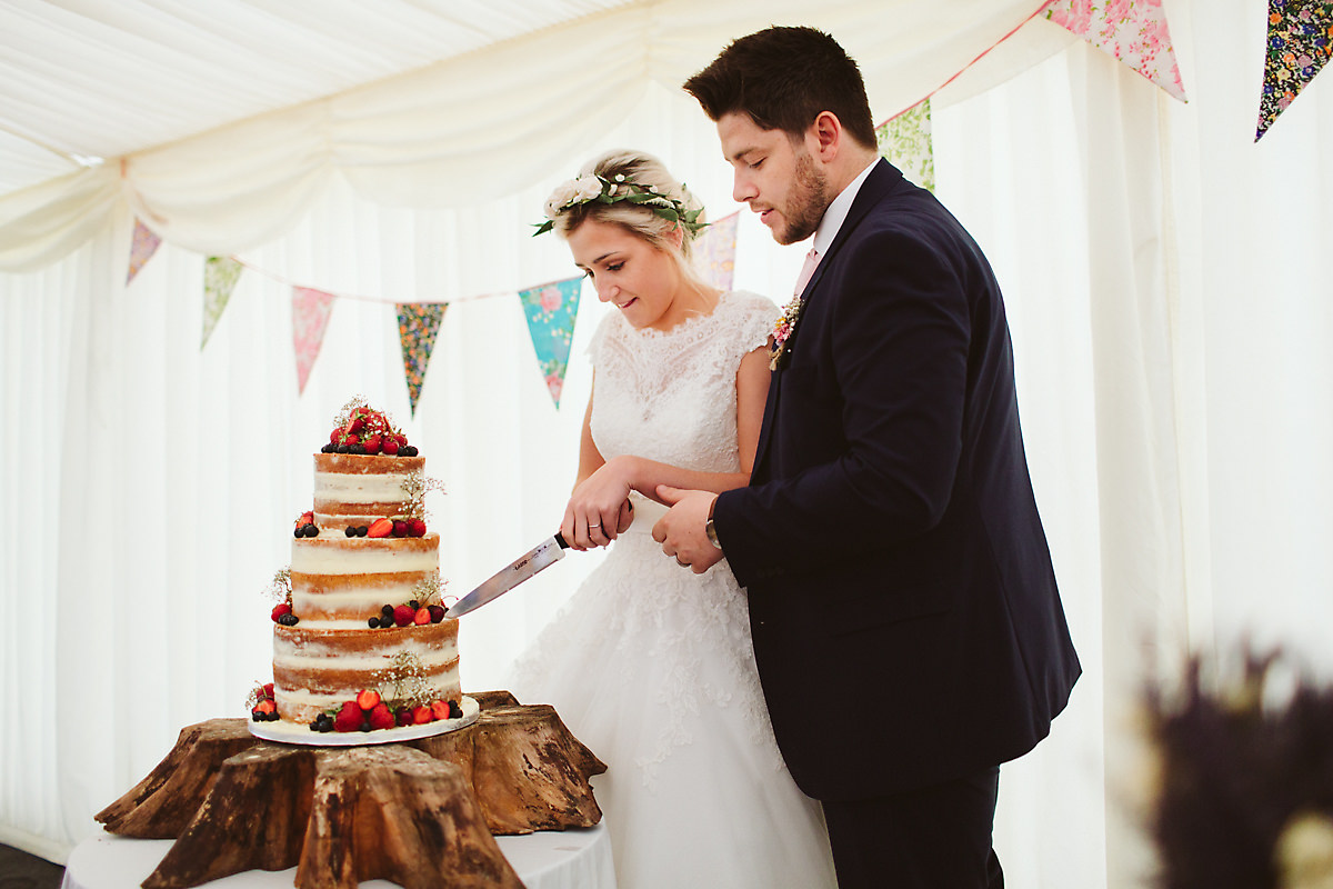 Wedding cake cutting Chatteris