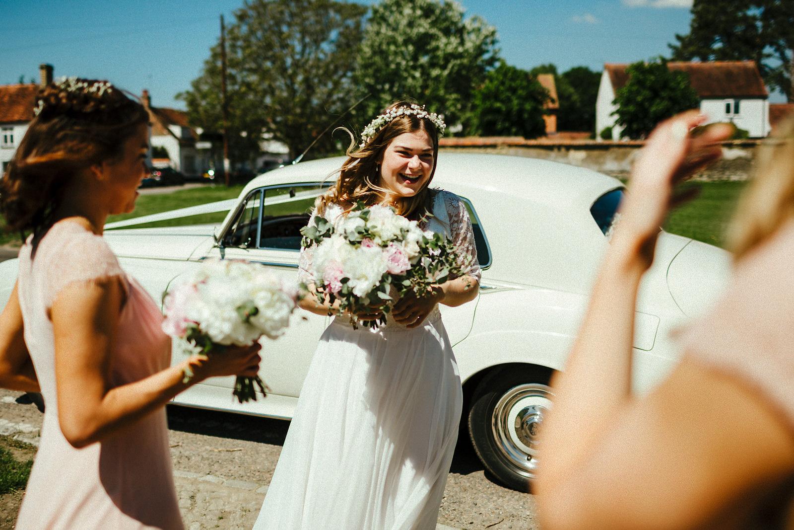 Buckinghamshire barn wedding photographer