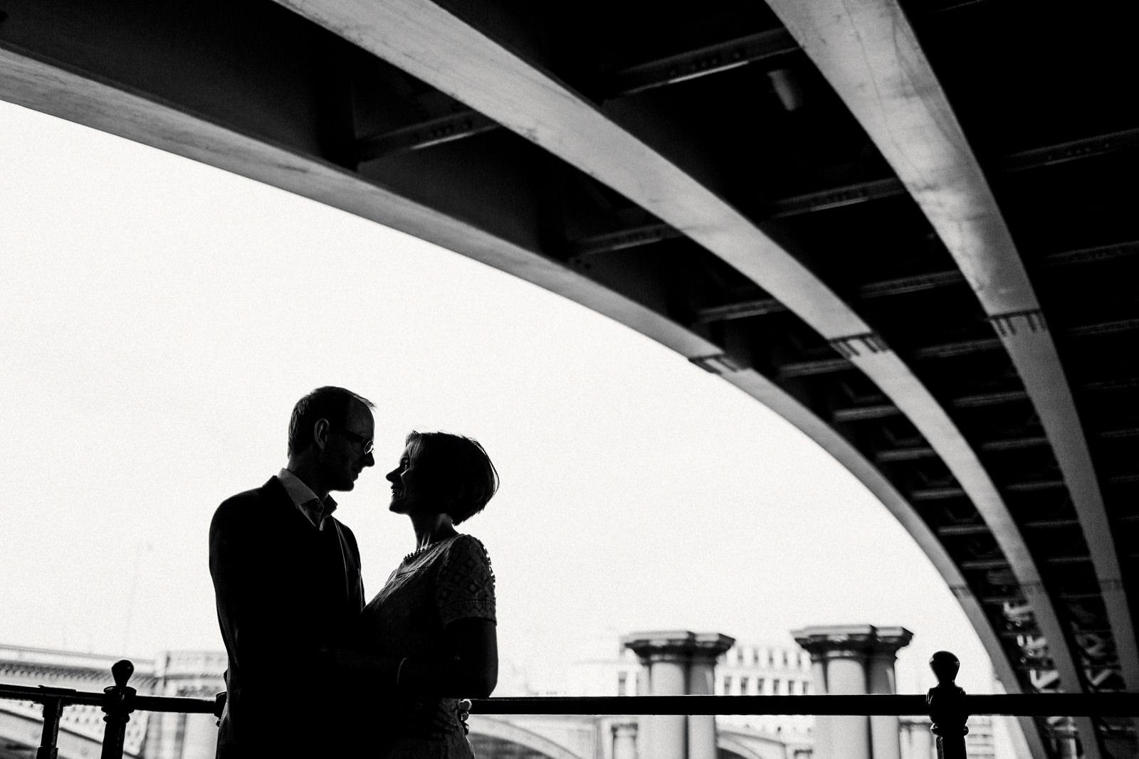 Modern pre wedding photography