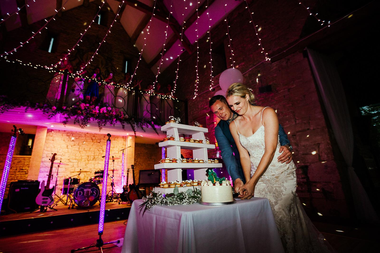 Tetbury barn wedding cake photography