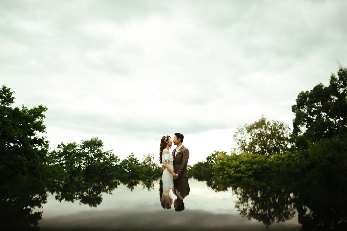 Hill Garden and Pergola Pre-Wedding Photography