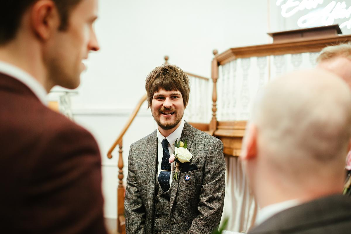Relaxed wedding photography in Kings Chapel