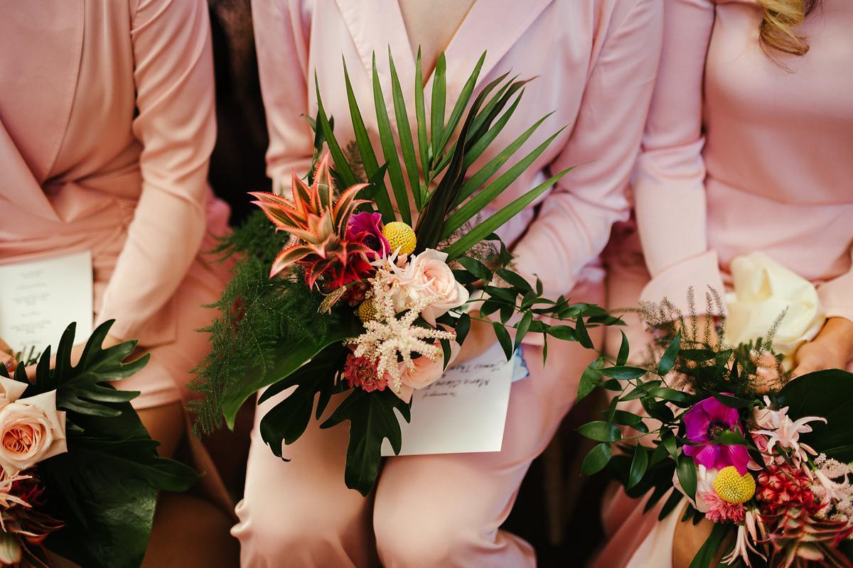 Tropical Glam wedding flowers