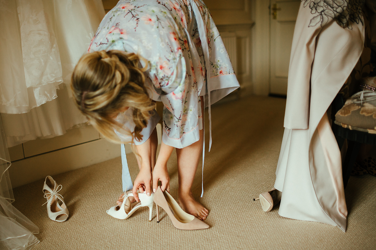 Which wedding shoes to wear?