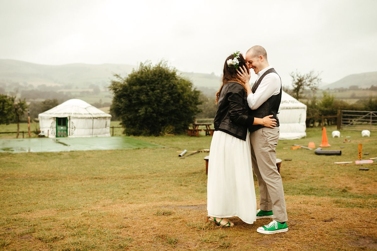 Barnutopia glamping wedding photography