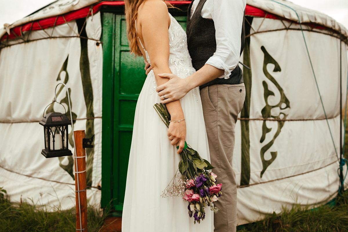 Best glamping style wedding photography