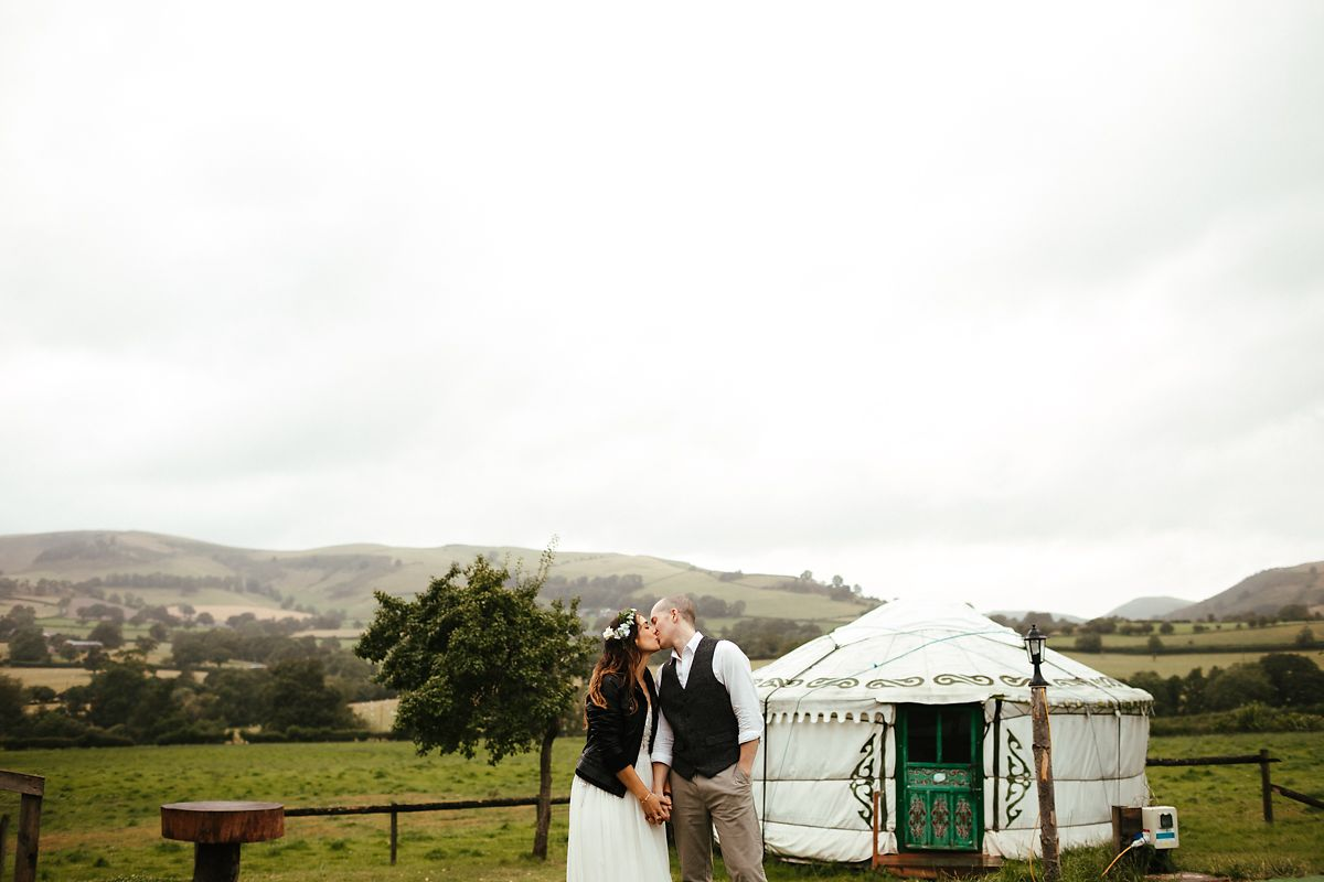 Glamping style wedding photographer