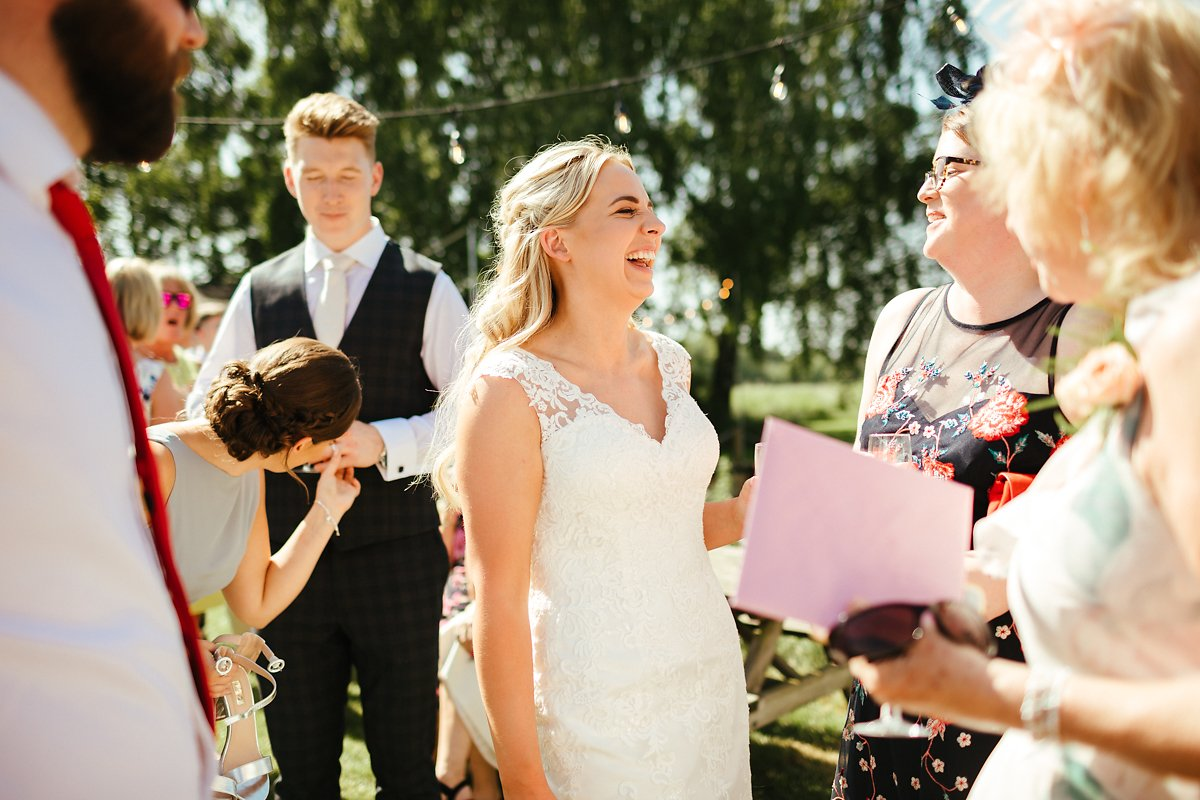 How to take pictures on a hot wedding day