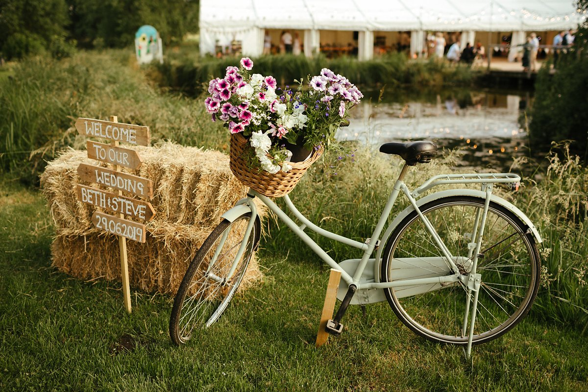 Bike decorations for a wedding