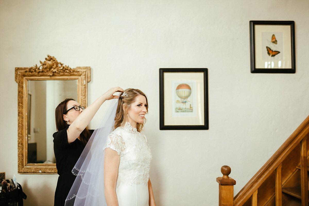 Mums veil on a wedding day