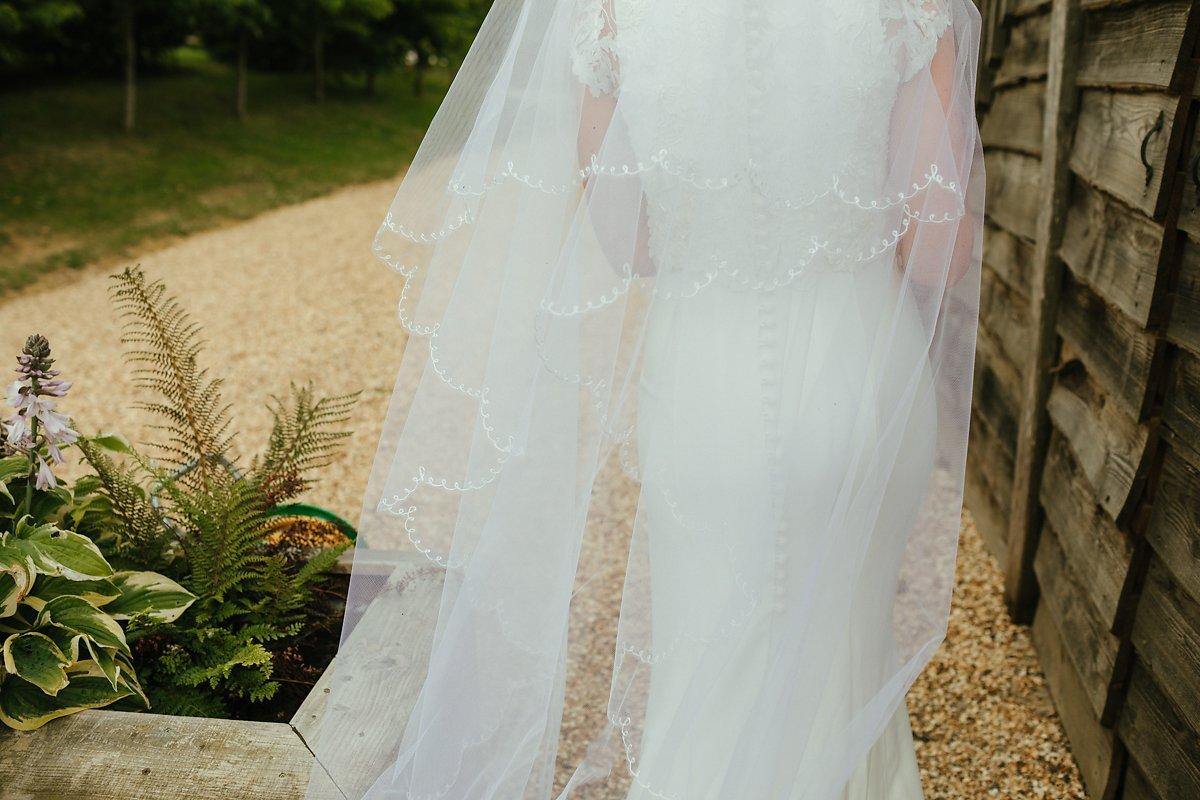 Bride wear her mums veil