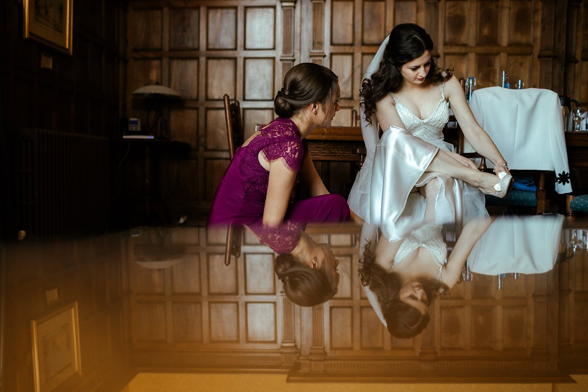 Creative bridal party wedding photos